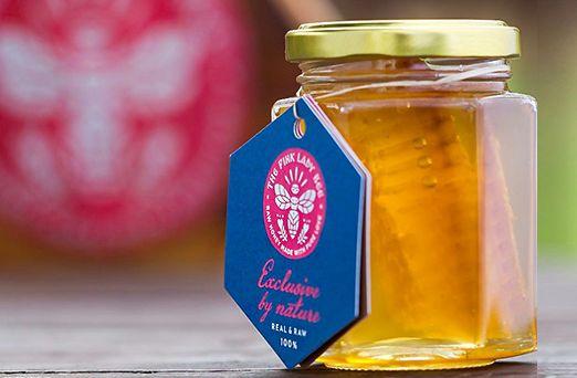 acacia-honey-comb-product
